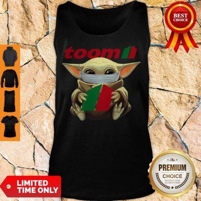 Nice Baby Yoda Mask Hug Toom Tank Top