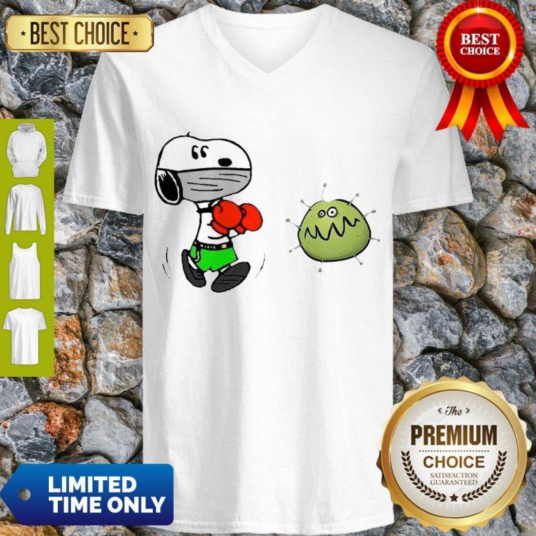 Nice Snoopy Boxing Virus Corona V-neck