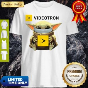 Star Wars Baby Yoda Hug Videotron Mask Covid 19 T-Shirt