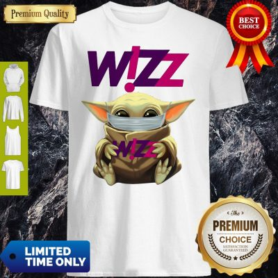 Star Wars Baby Yoda Hug Wizz Air Mask Covid 19 T-Shirt