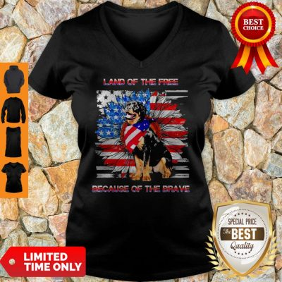 Top Rottweiler American Land Of The Free Because Of The Brave V-neck