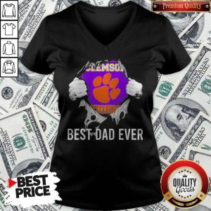 Nice Blood Inside Me Clemson Tigers Football Best Dad Ever V-neck