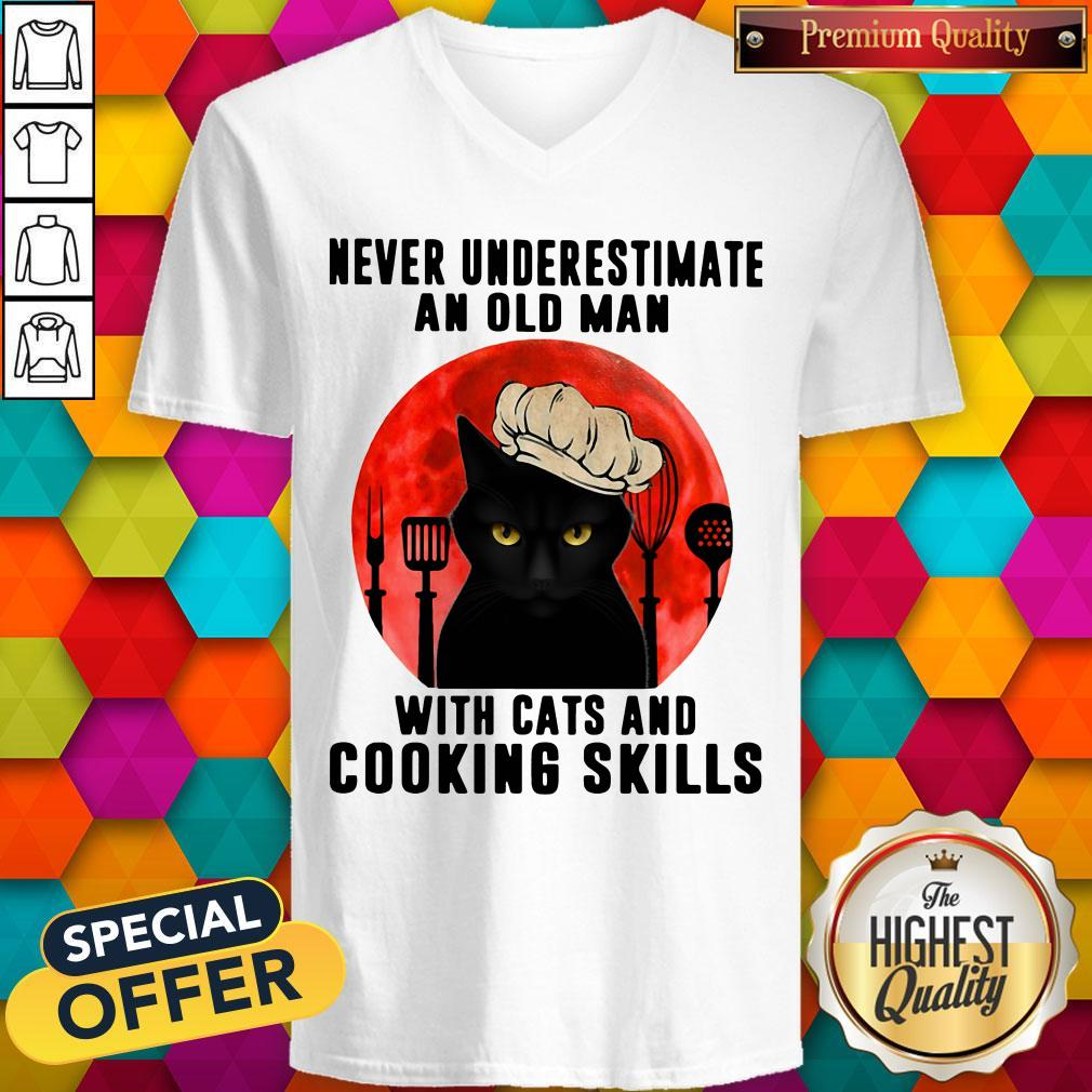 Never Underestimate An Old Man With Cats And Cooking Skills V-neck