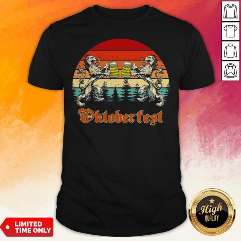 Germany Oktoberfest 2020 Heraldic Lion Drinking Beer Vintage T-Shirt