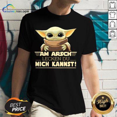 Official Baby Yodda Am Arsch Lecken Du Mich Kannst V-neck- Design By Weathertees.com
