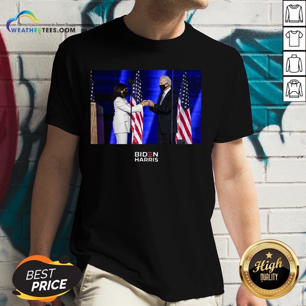 Official Victory Fist Bump Navy Us 2020 V-neck - Design By Weathertees.com