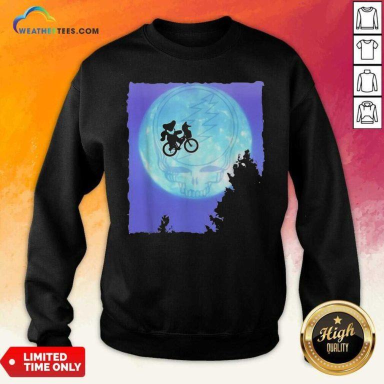 Bear Cycling The Moon Grateful Dead Sweatshirt - Design By Weathertees.com