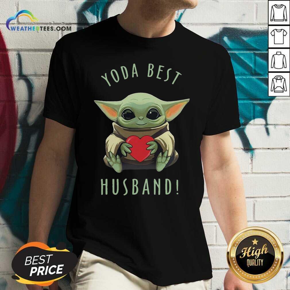 Baby Yoda Hug Heart Best Husband V-neck - Design By Weathertees.com