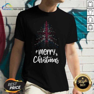Tree England Flag Merry Christmas V-neck - Design By Weathertees.com