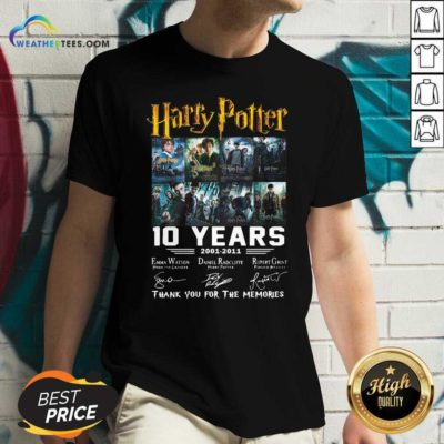 Harry Potter 10 Years 2001 2011 Thank You For The Memories Signatures V-neck - Design By Weathertees.com
