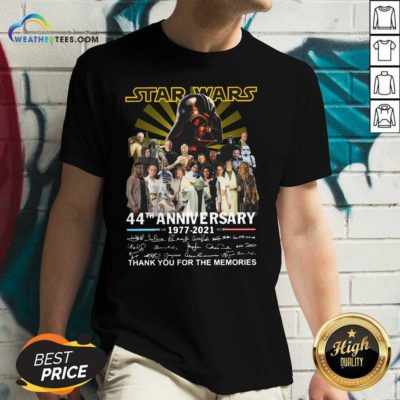 Start Wars 44th Anniversary 1977 2021 Signatures Thank You For The Memories V-neck - Design By Weathertees.com