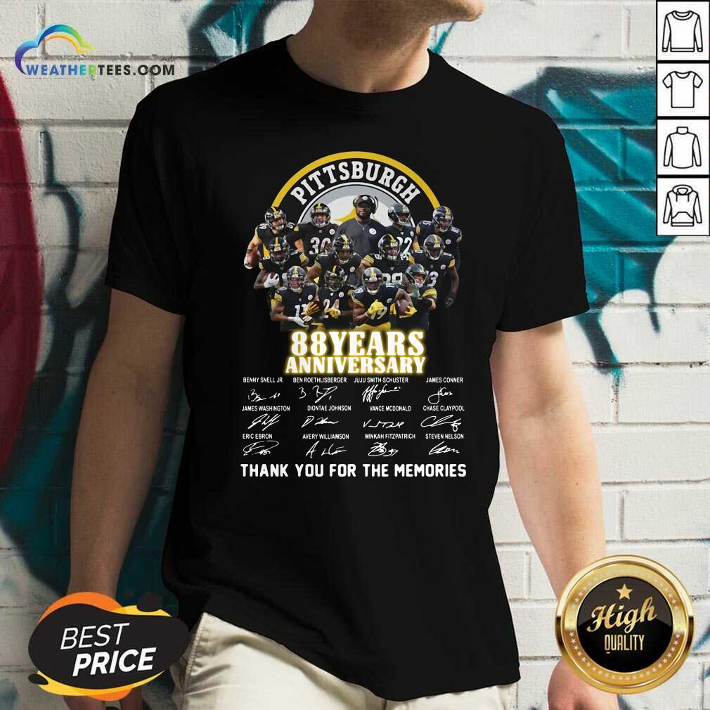 Pittsburgh Steelers 88 Years Anniversary Thank You For The Memories Signatures V-neck - Design By Weathertees.com