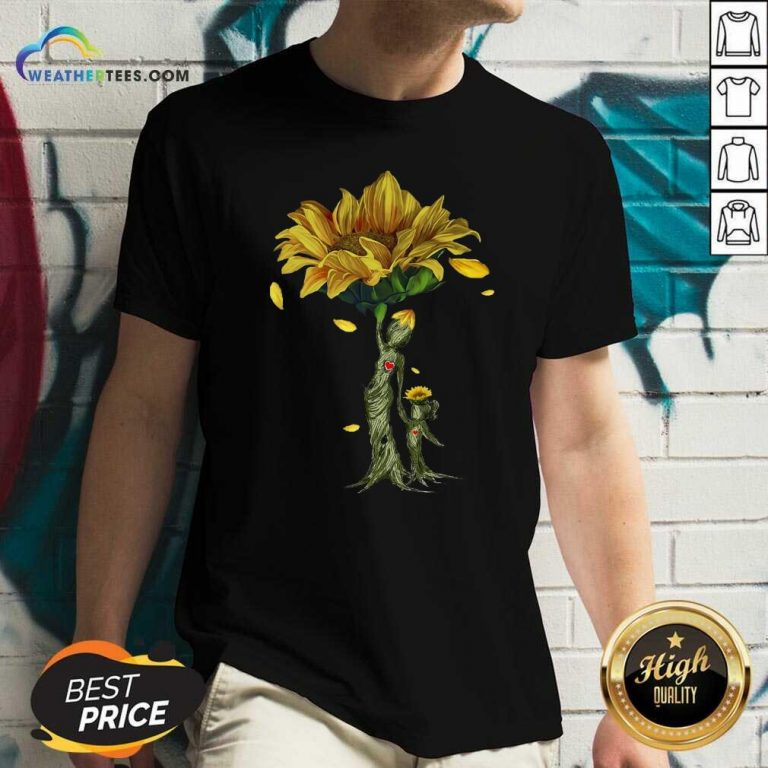 Mother Daughter Sunflower V-neck - Design By Weathertees.com