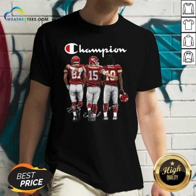 Kansas City Chief Kelce Mahomes And Hill Champion Signatures V-neck - Design By Weathertees.com