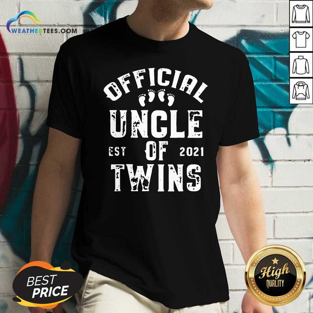 Uncle Of Twins Est 2021 Fathers Day V-neck - Design By Weathertees.com