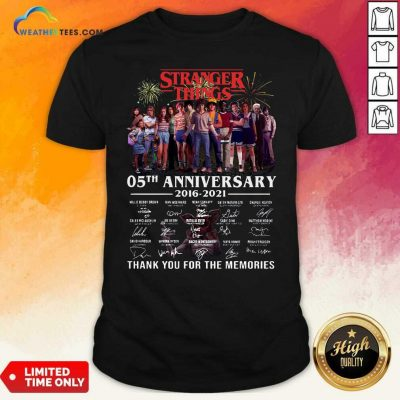 Stranger Things 05th Anniversary 2016 2021 Thank You For The Memories Signatures Shirt - Design By Weathertees.com
