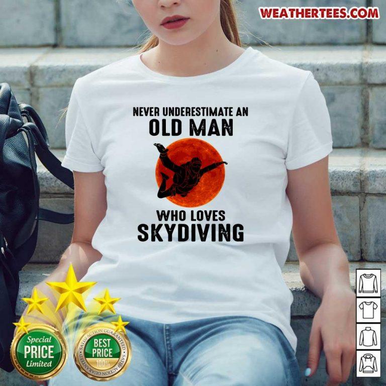Hot 12 Old Man Loves Skydiving Ladies-tee - Design by Weathertee.com