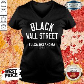 Black Wall Street Tulsa Oklahoma 1921 V-neck